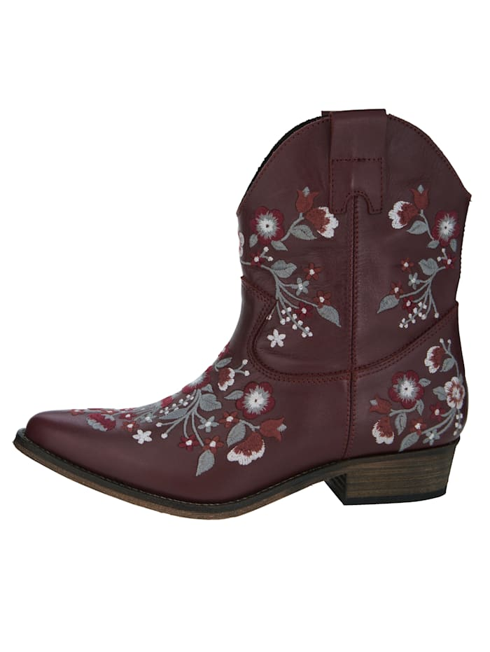 Western Boots with elaborate embroidery