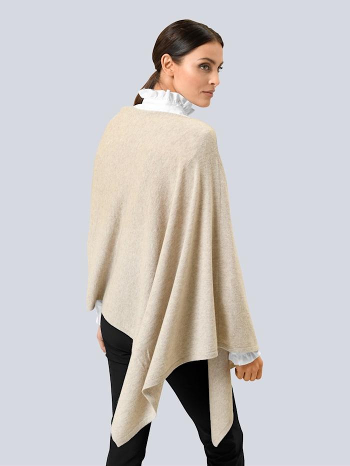 Poncho-Pullover in softem Glattstrick