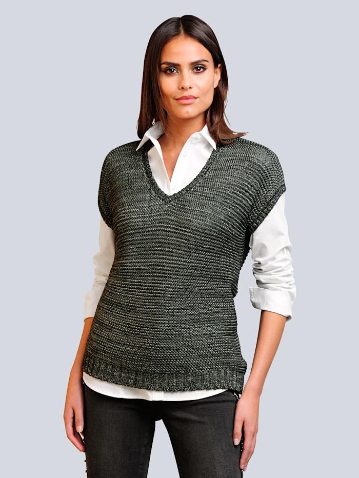 Pullover aus modischem Bändchengarn