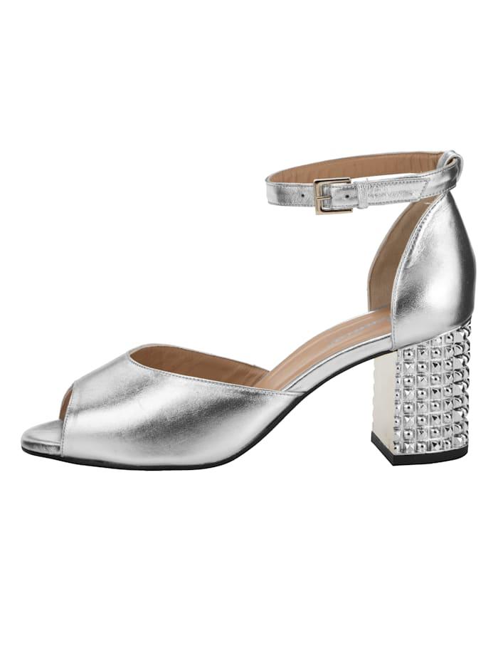 Sandaaltje van hoogwaardig metallic geitenleer