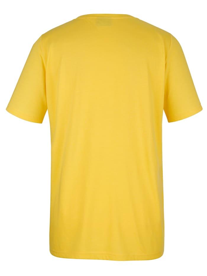 Tričko s predlžujúcim výstrihom do V