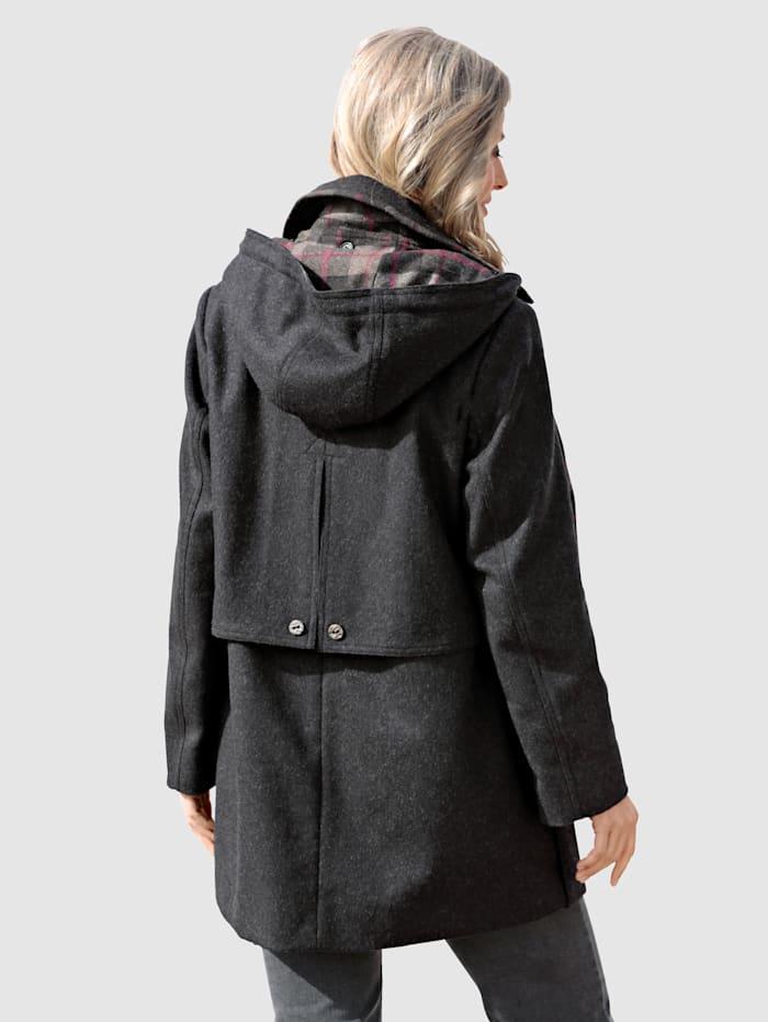 Loden jas met sjaal van geruite wol