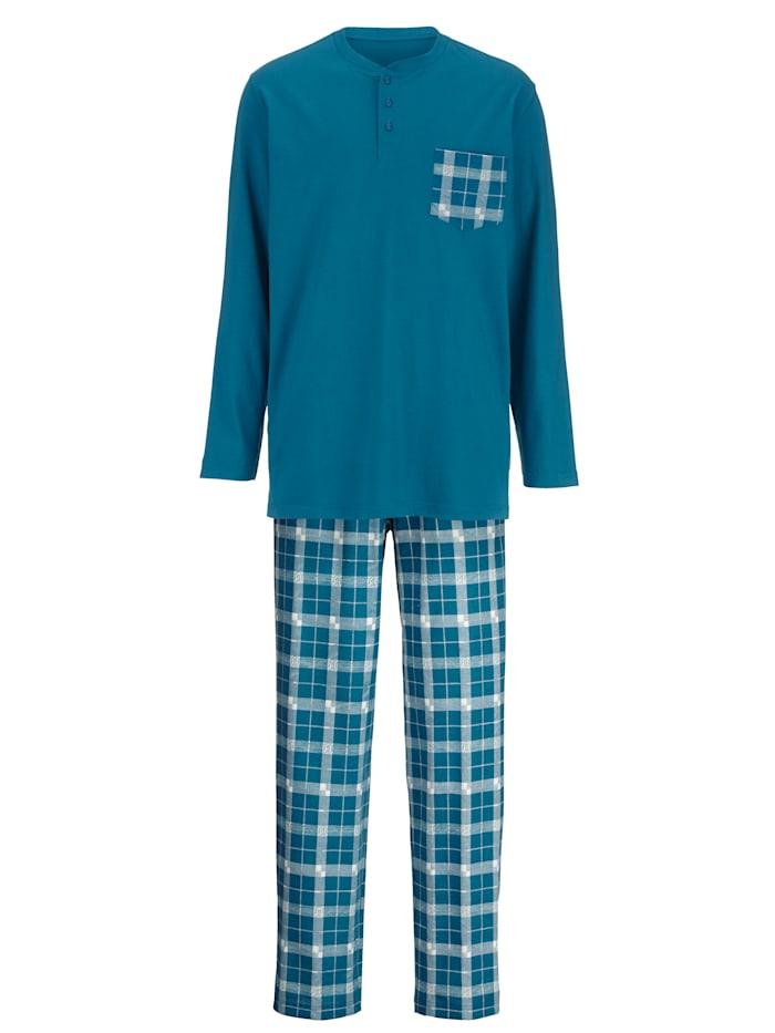 Pyžama s modernými vzorovanými nohavicami