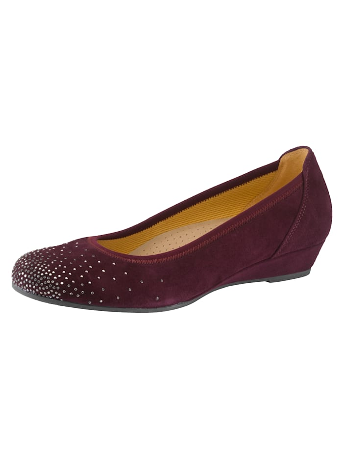 Gabor Ballet Court shoes with a comfortable wedge heel, Bordeaux