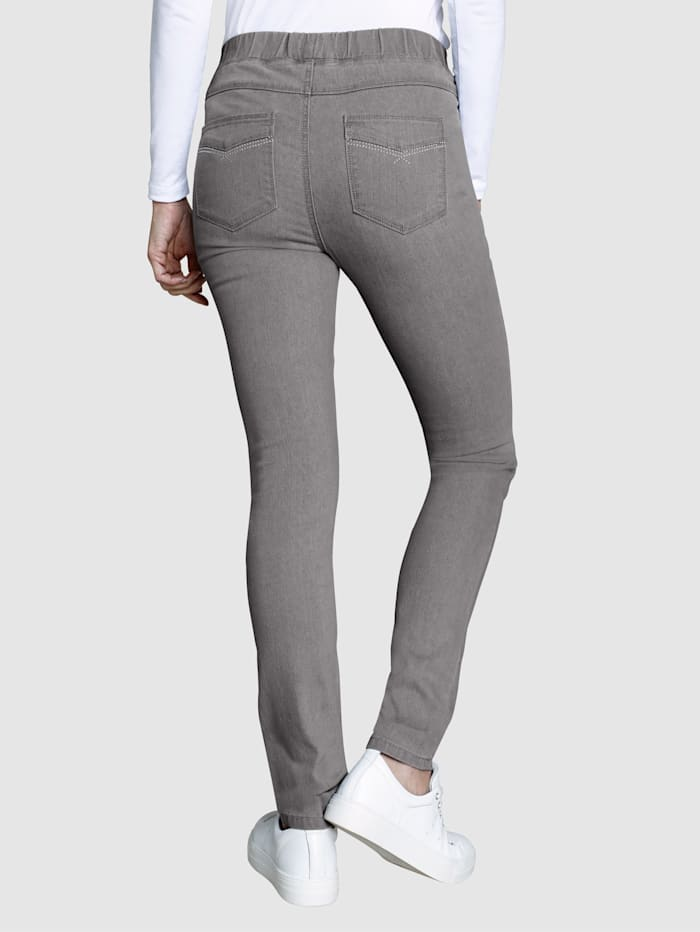 Jeggings in an on-trend design