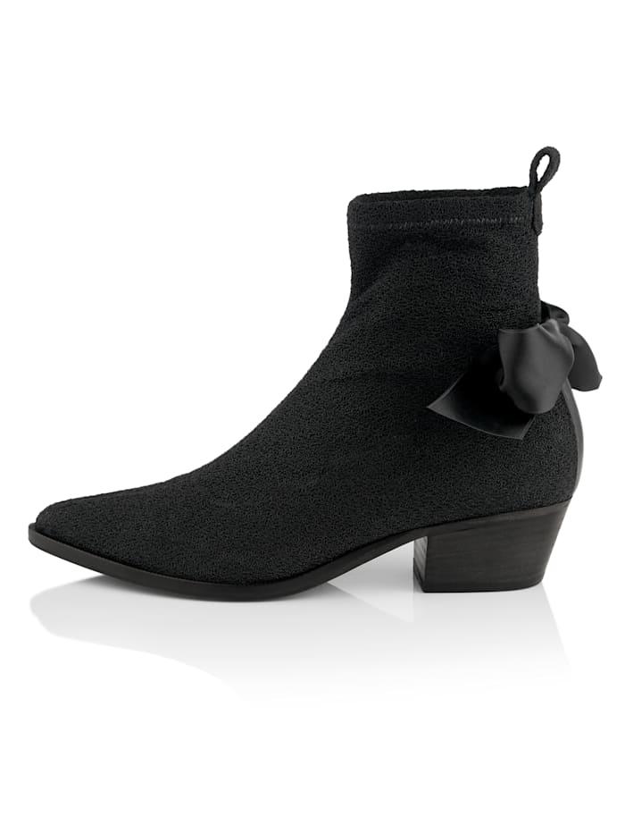 Stiefelette in Sockboot-Form