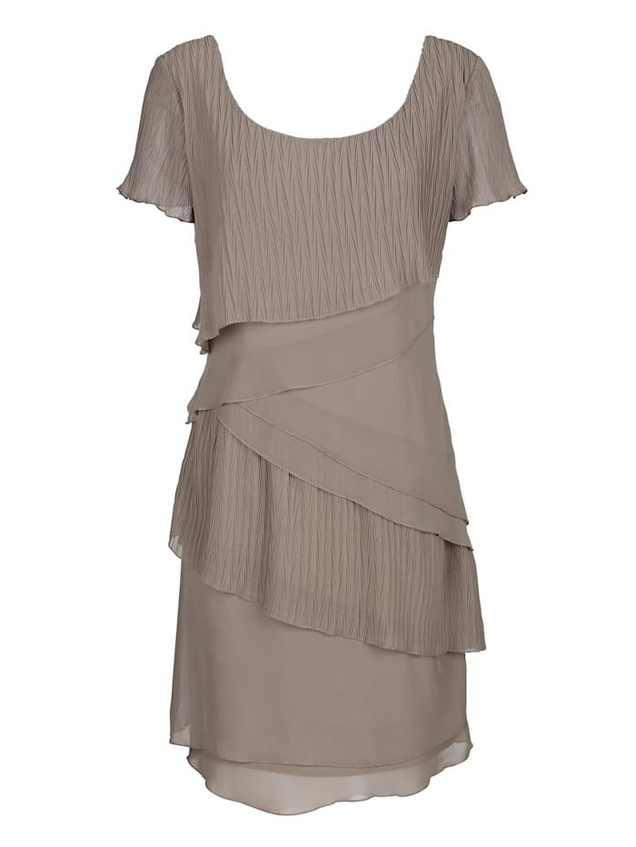 Kleid in modischem Lagenlook