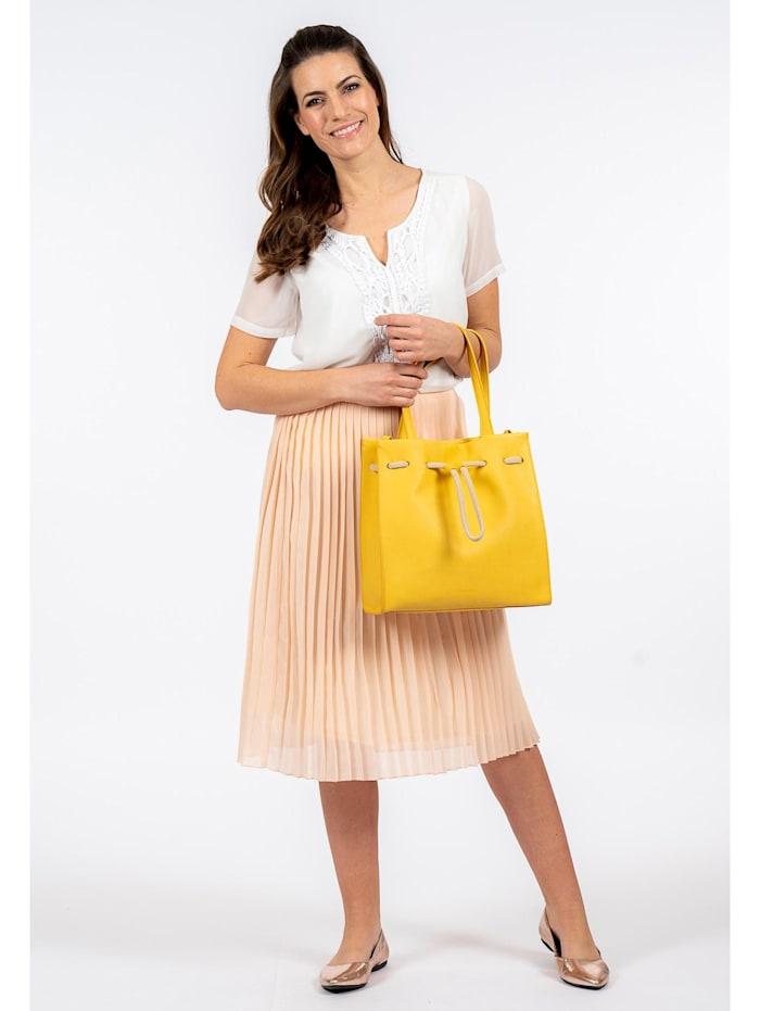Shopper Maddy