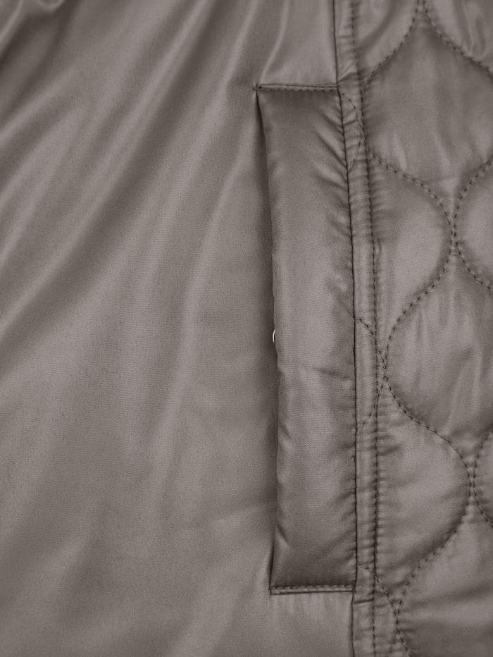 Jacke mit abnehmbarer Kapuze