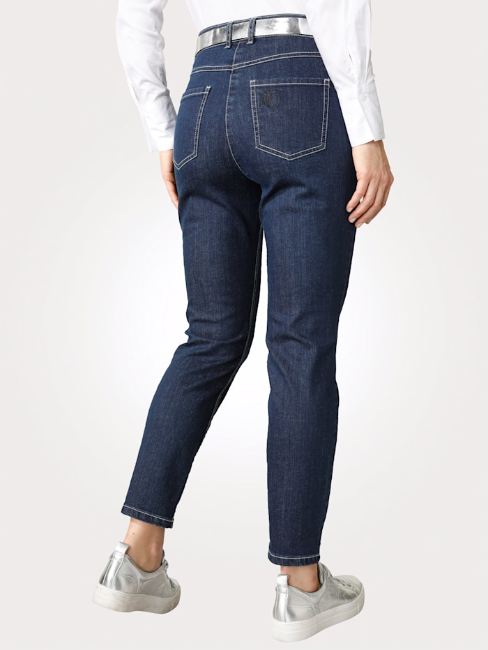 Jeans in sportiver 5-Pocket-Form