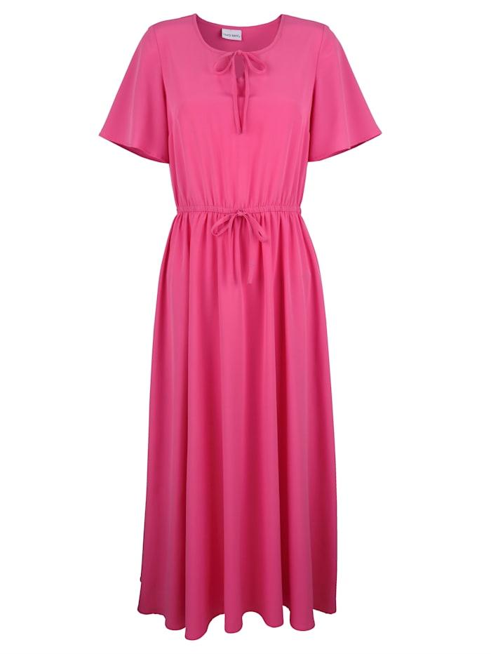 Kleid mit Bindeband am Ausschnitt