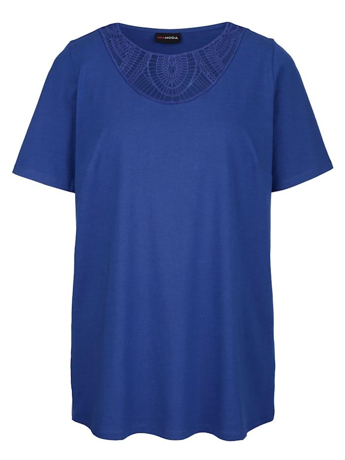 Tričko s transparentní krajkou na výstřihu