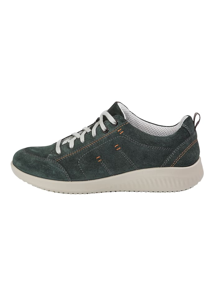 Lace-up shoes with a breathable lining