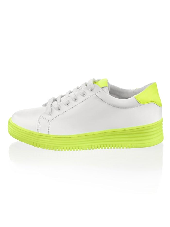 Sneaker met neonkleurige zool