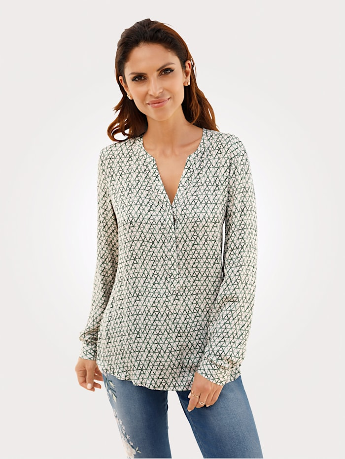 Top made from a soft, flowing fabric