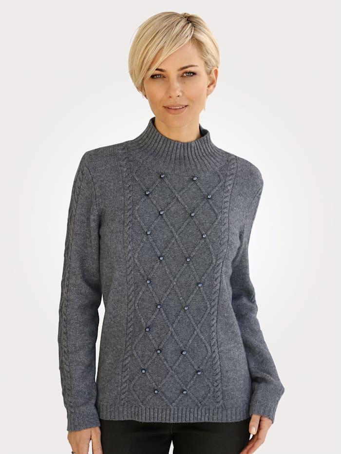 Jumper made from a soft wool blend