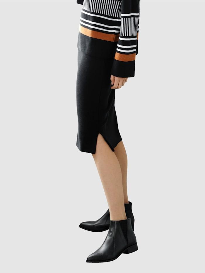 Sukňa v pletenej kvalite