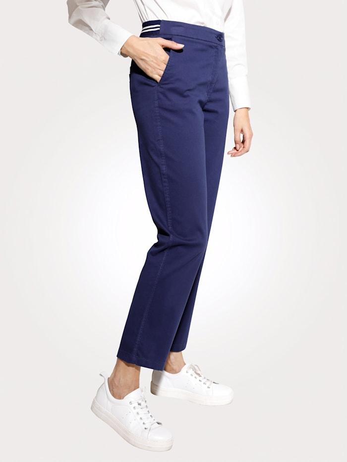 MONA Pantalon à ceinture rayée partiellement extensible, Marine