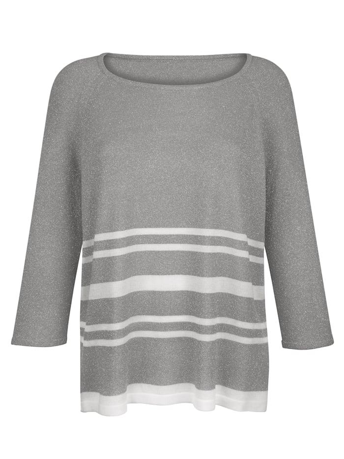 Pullover mit Glanzgarn gearbeitet