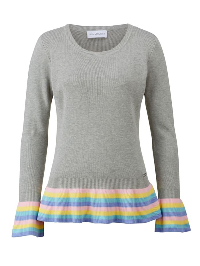 Pullover mit gestreiften Volantabschlüssen