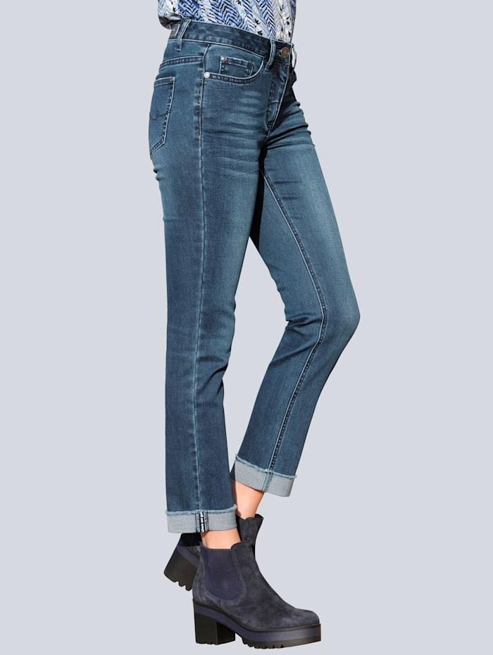 Jeans mit Aufschlag am Saum