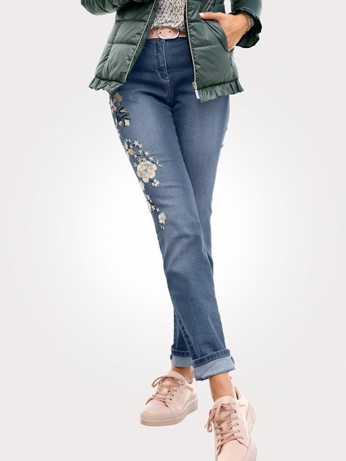 Jeans met bloemenborduursel