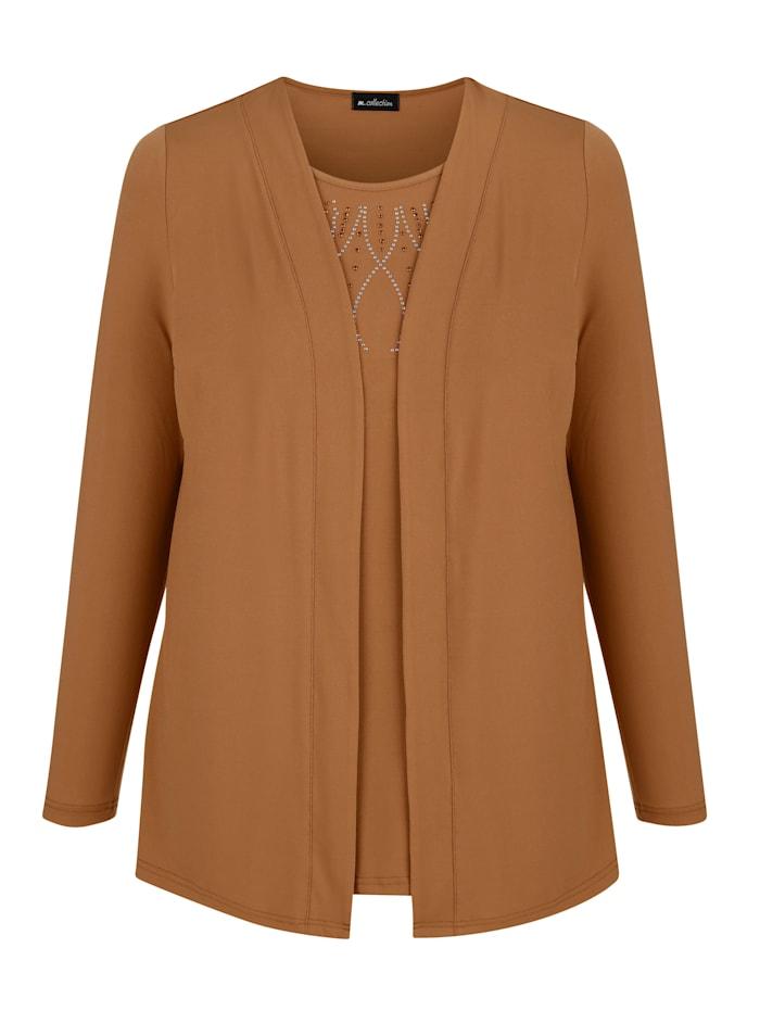 2-in-1-shirt in trendy model