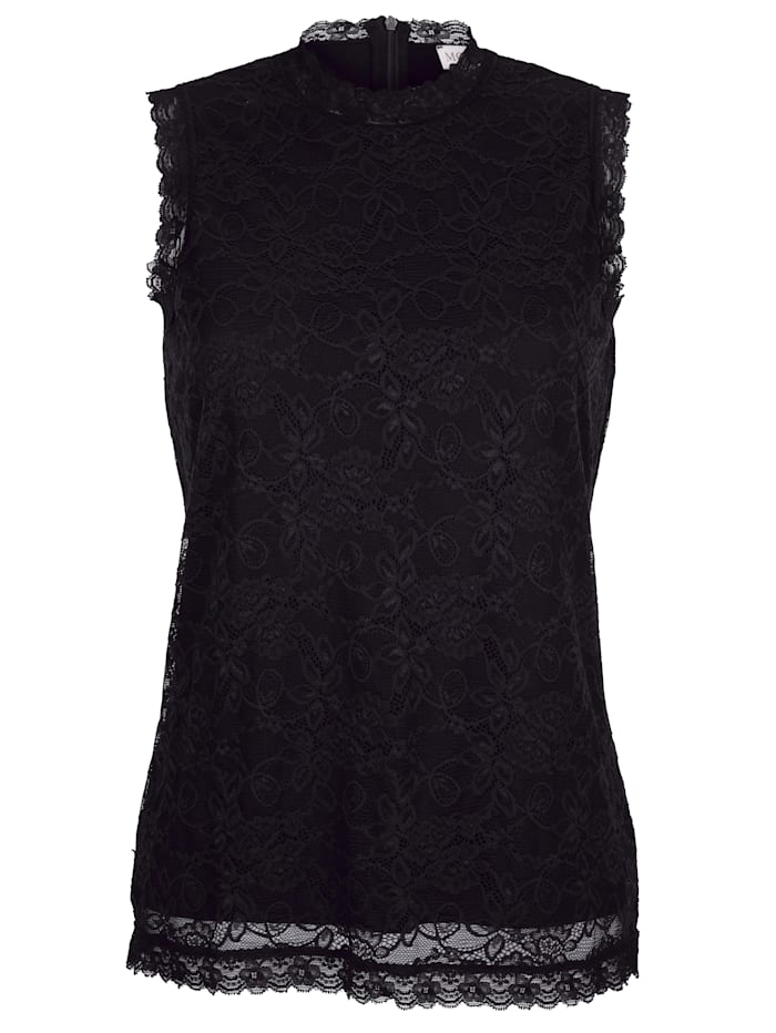 Top made from jersey-lined lace