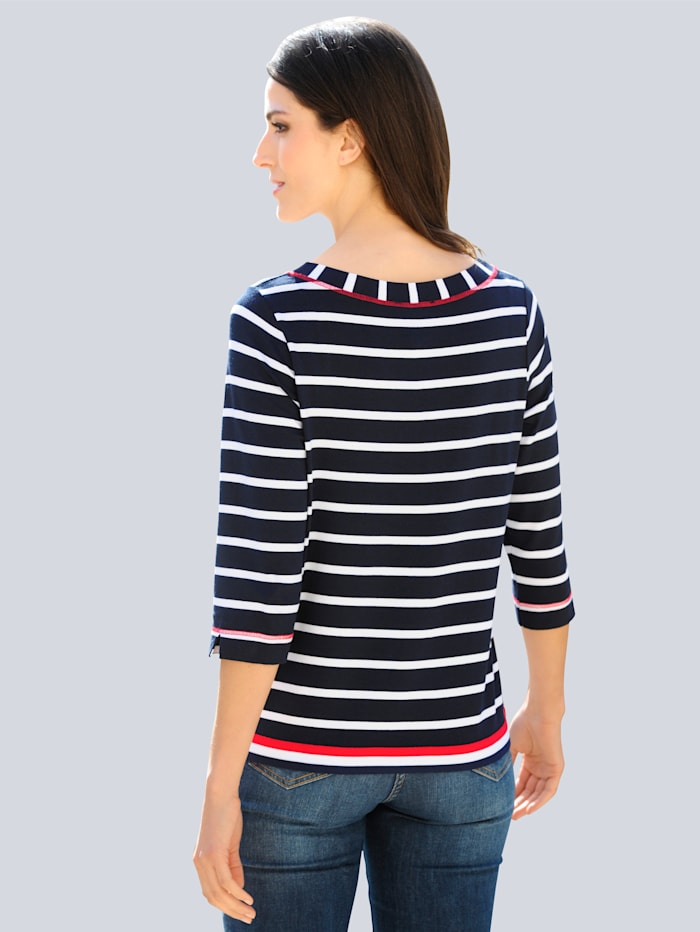 Shirt in klassischer Farbkombination