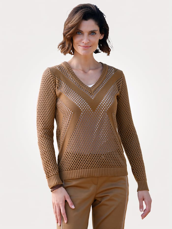 Jumper with ajour knit detailing