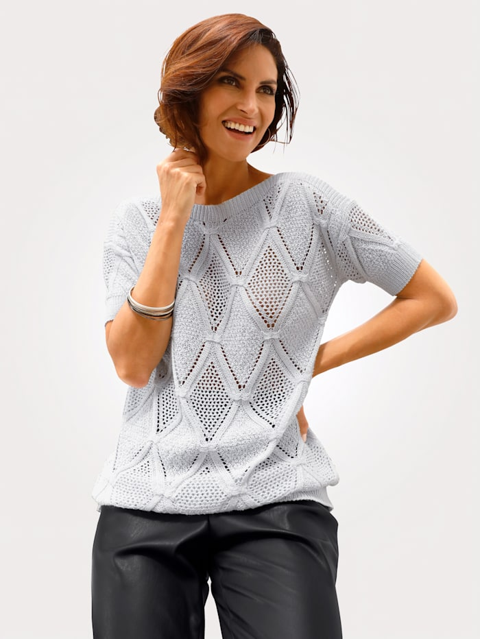 Knitted jumper in a chic ajour knit