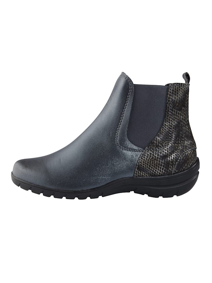 Ankle boots with elasticated panels