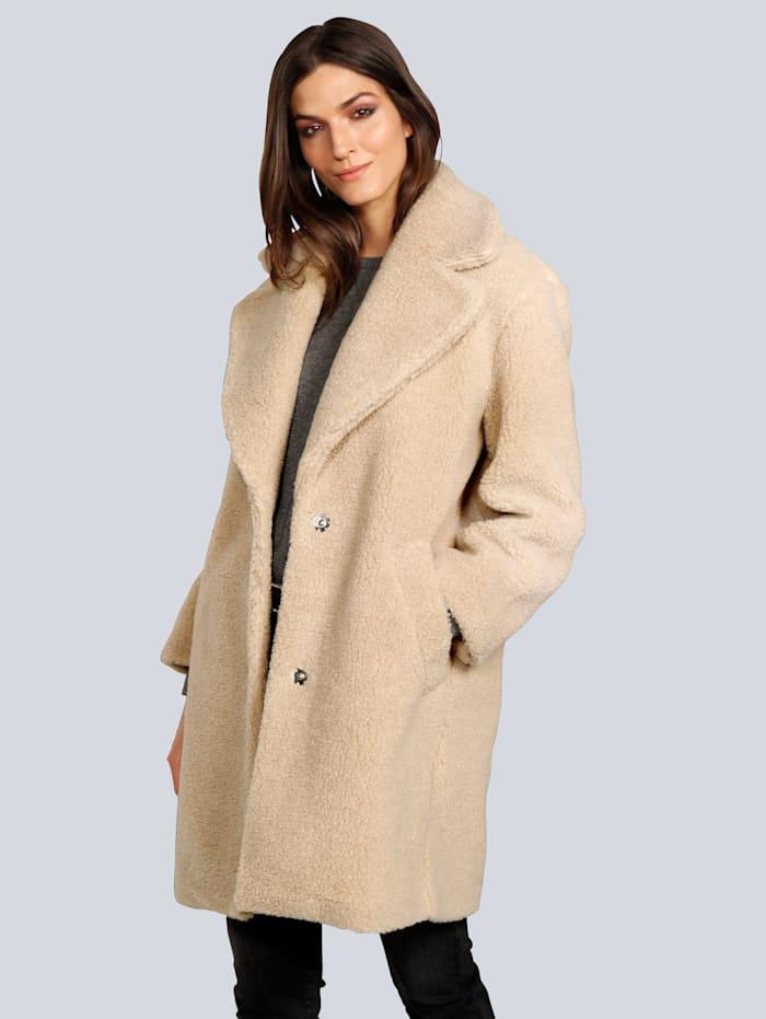 Mantel in Teddyfelloptik