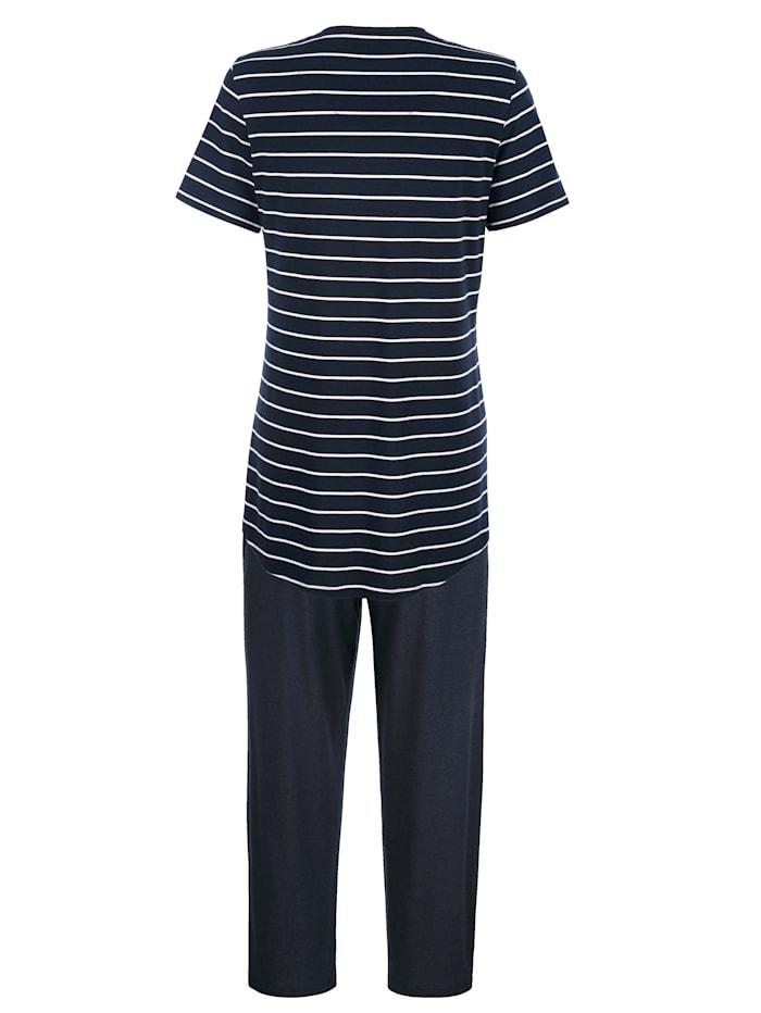 Schlafanzug mit verlängertem Rückteil