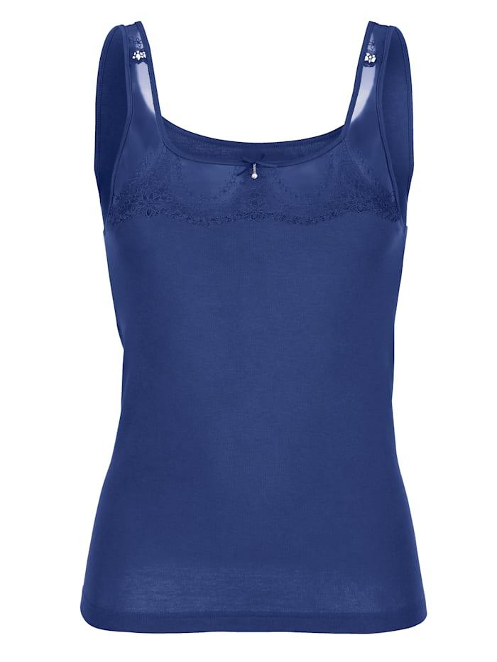 Nina von C. Hemdchen mit dekorativer Spitze, blau
