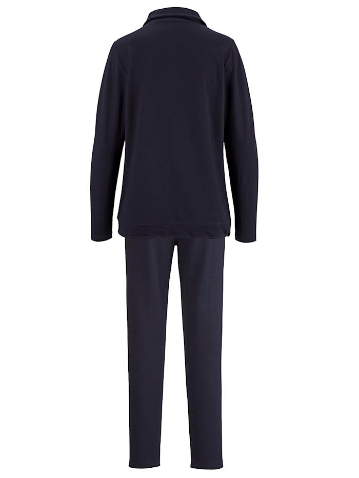 Loungewear set with contrast stitching Set