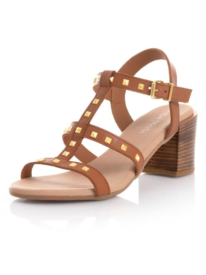 Alba Moda Sandaaltje met piramidevormige klinknageltjes, Cognac