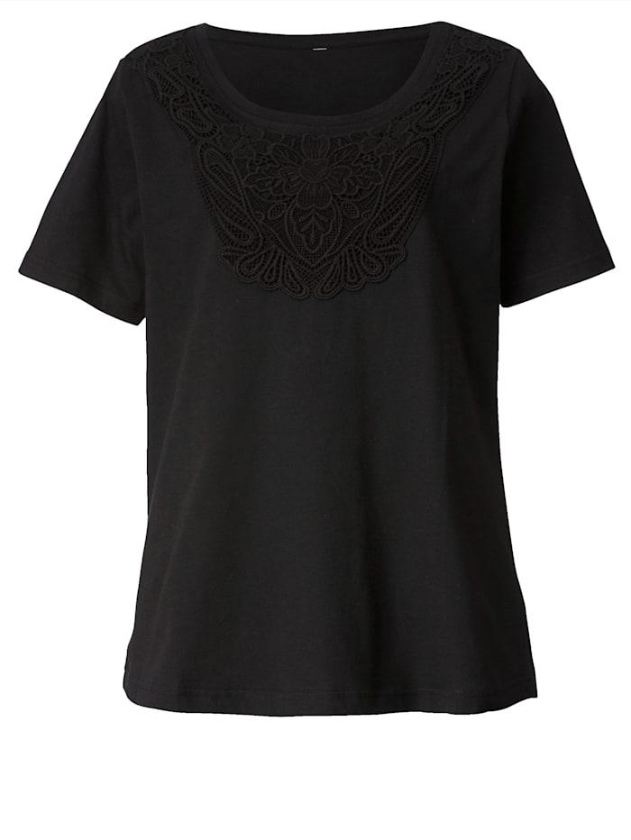Shirt mit Spitze im Vorderteil