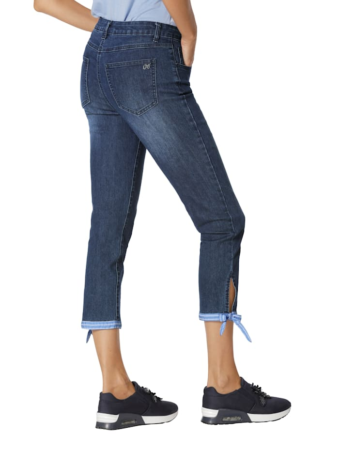 Jeans mit Bindeband am Saum