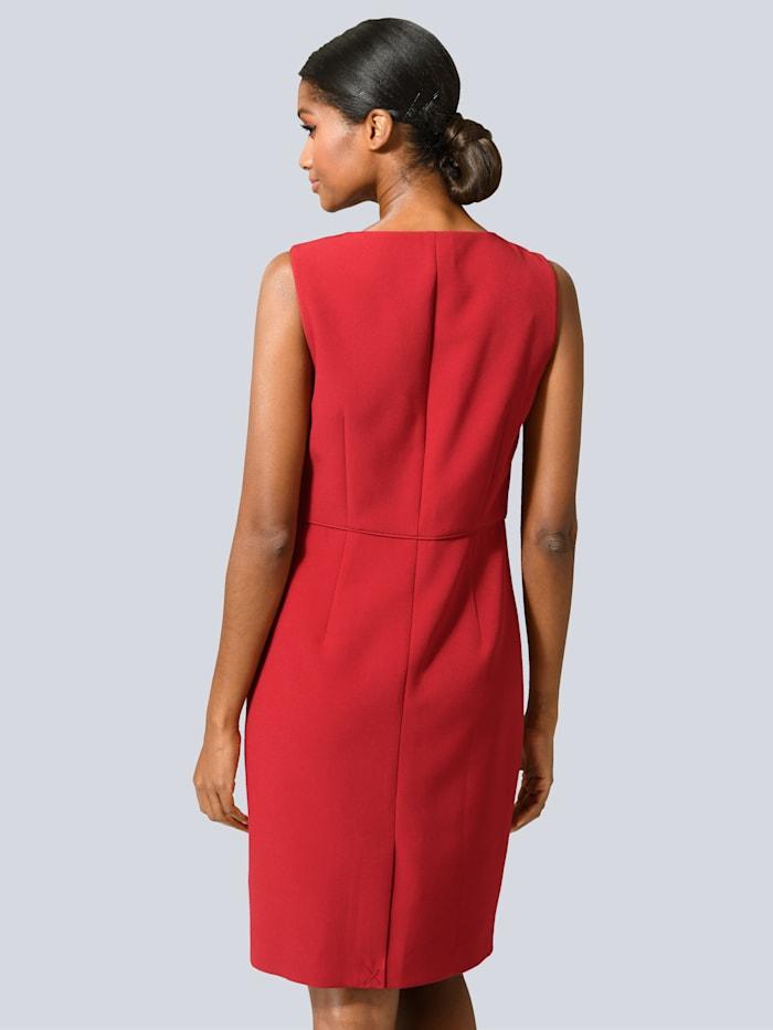 Kleid in edler Etui-Form