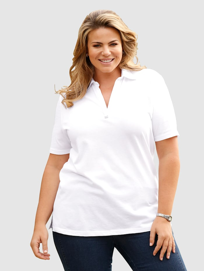 m. collection Poloshirt mit glitzerndem Deko-Accessoire am Ausschnitt, Weiß