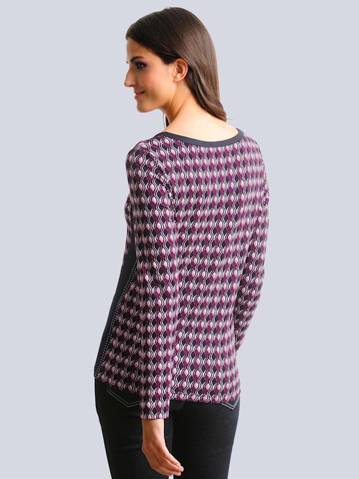 Shirt allover im grafischen Dessin