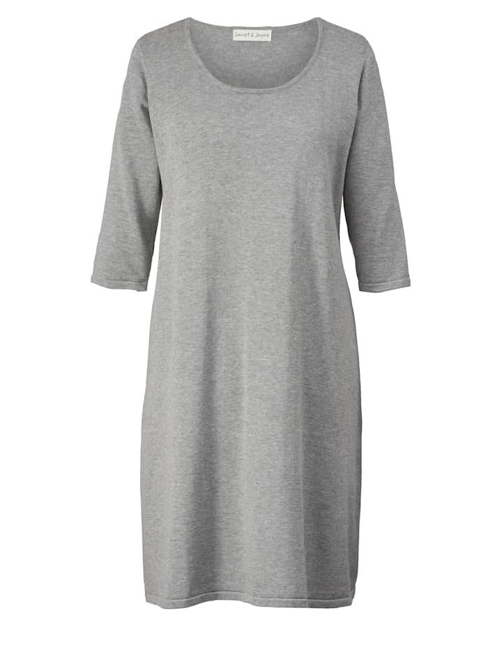 Strikket kjole