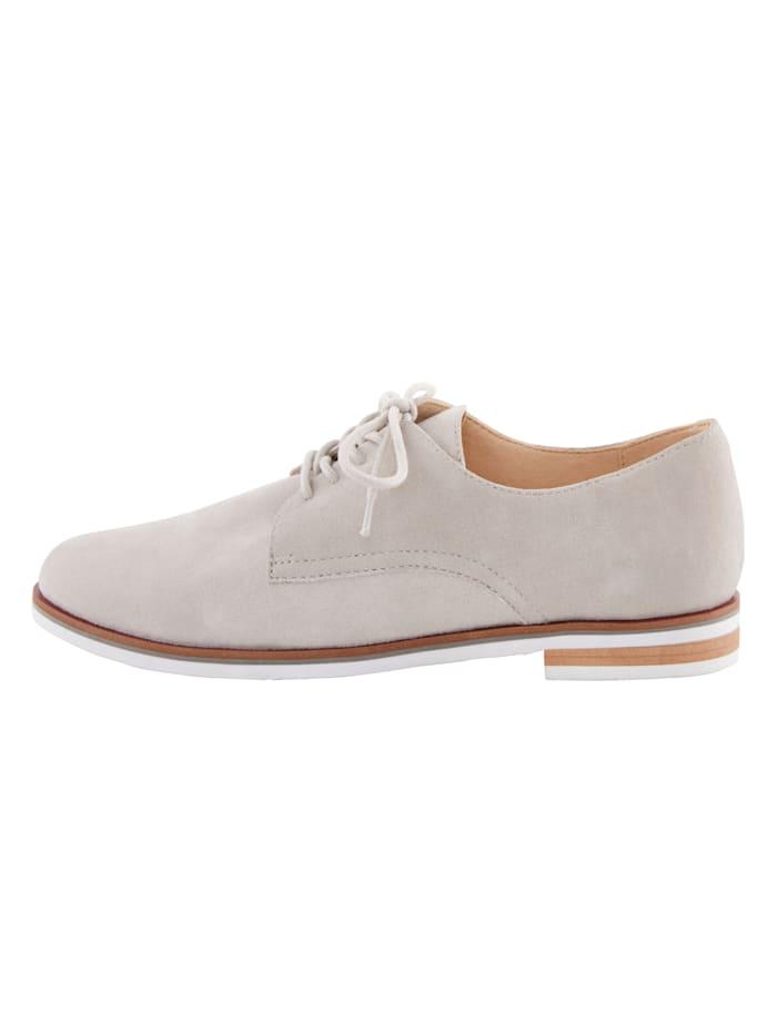 Šnurovacia obuv v klasickom vzhľade