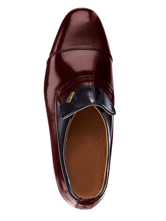 Kengät – elegantti malli