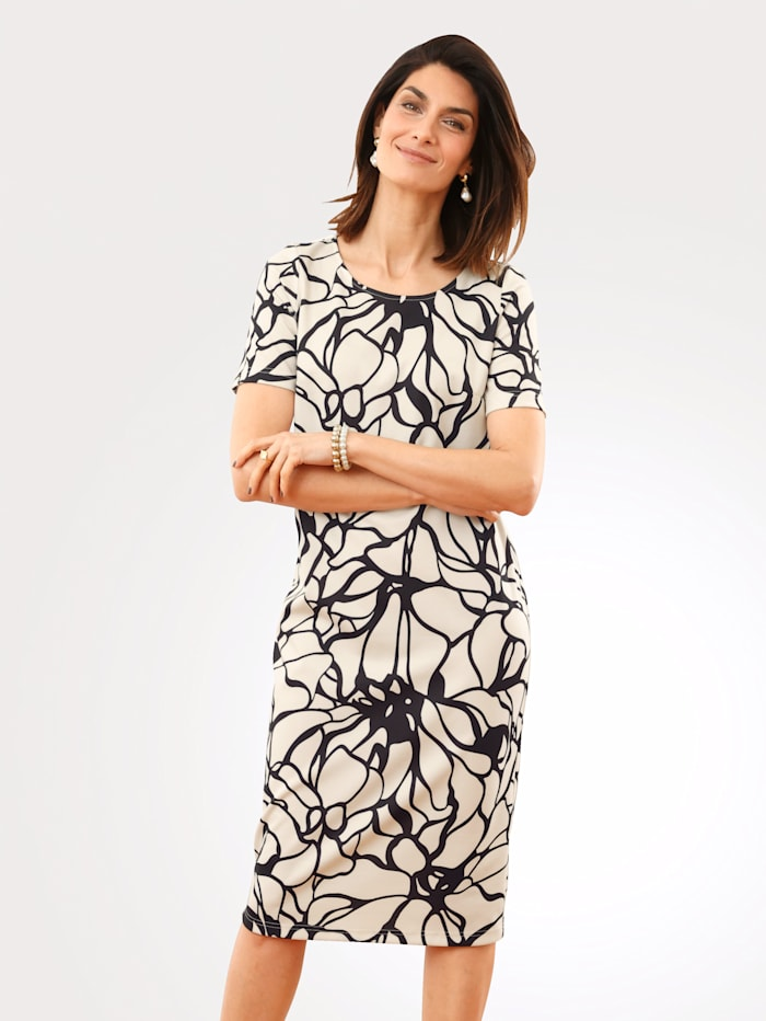 Dress with a floral print