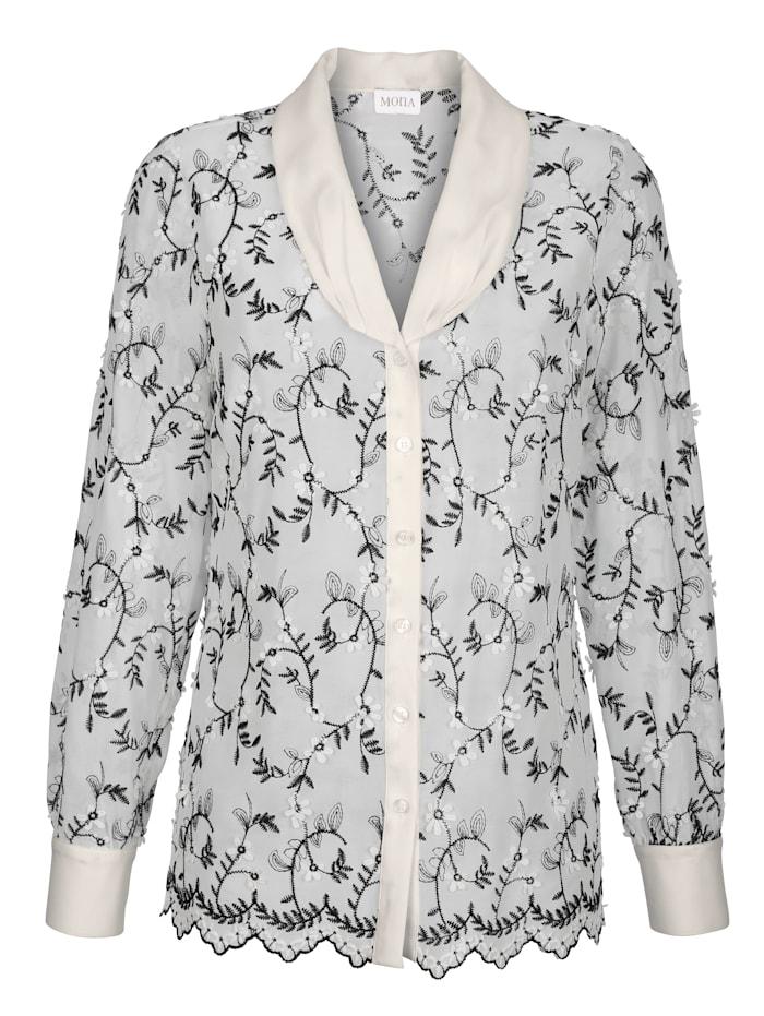 Bluse mit applizierten Blütenblättern