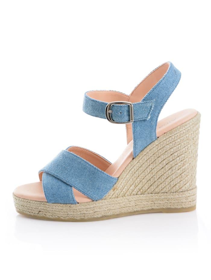 Sandaaltje in denimlook