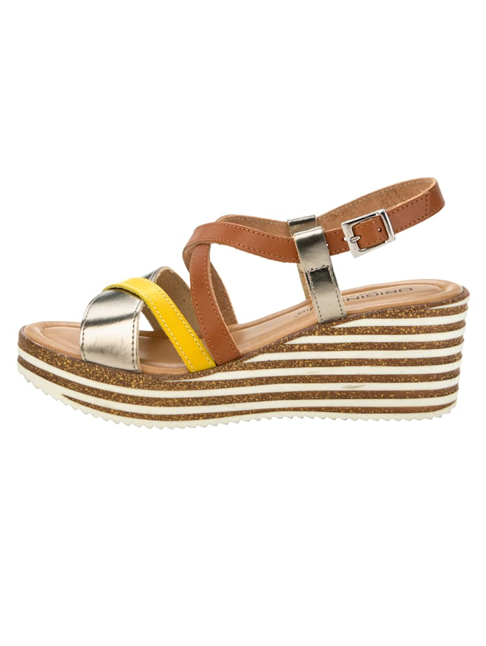 Sandaletter med dekorativa remmar