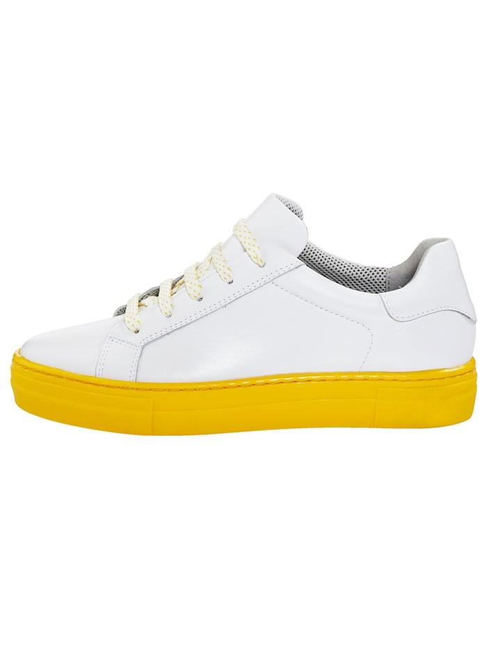 Sneakers med platåsula i härlig färg